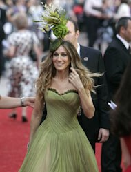 "FILE- This Monday, May 12, 2008 file photo shows actress Sarah Jessica Parker as she arrives for the World Premier of ""Sex and the City"" in London. Celebrities like Parker have helped bring bring headwear back into fashion. (AP Photo/Alastair Grant, File)"