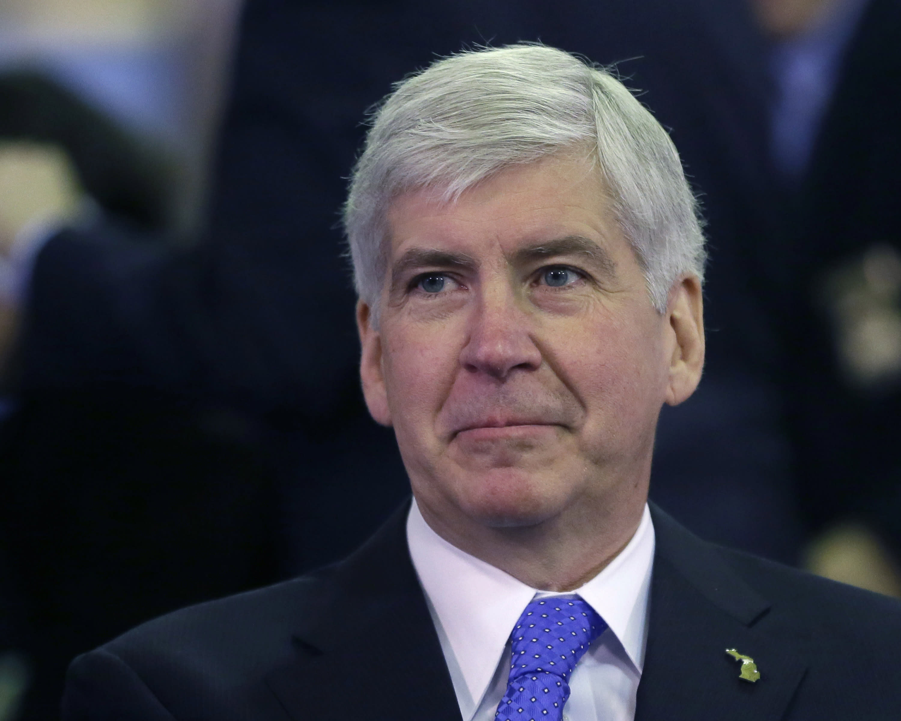 AP Exclusive: Snyder uses pardon for connected lawyer
