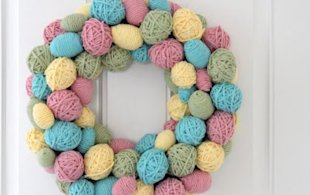 Yarn-Wrapped Egg Wreath