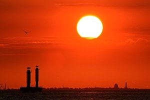 Sun sets over the Gulf of Finland during the G20 summit …