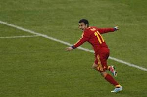 France 0-1 Spain: Pedro the hero as world champions earn priceless Paris win