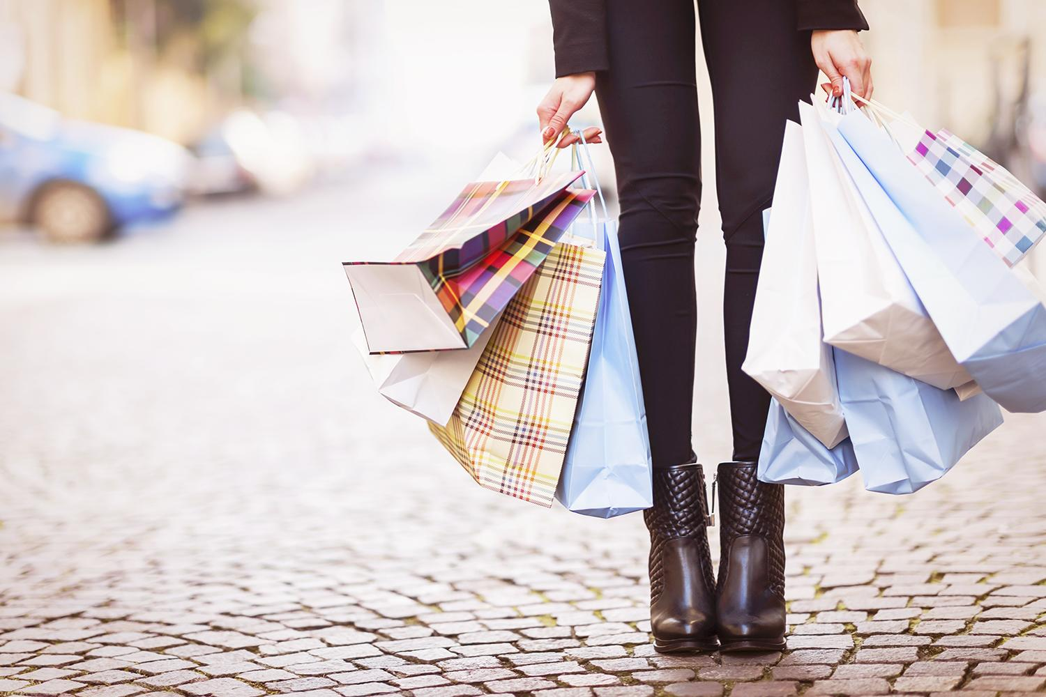 By the Numbers: The Very Best (and Very Worst) Store Credit Cards