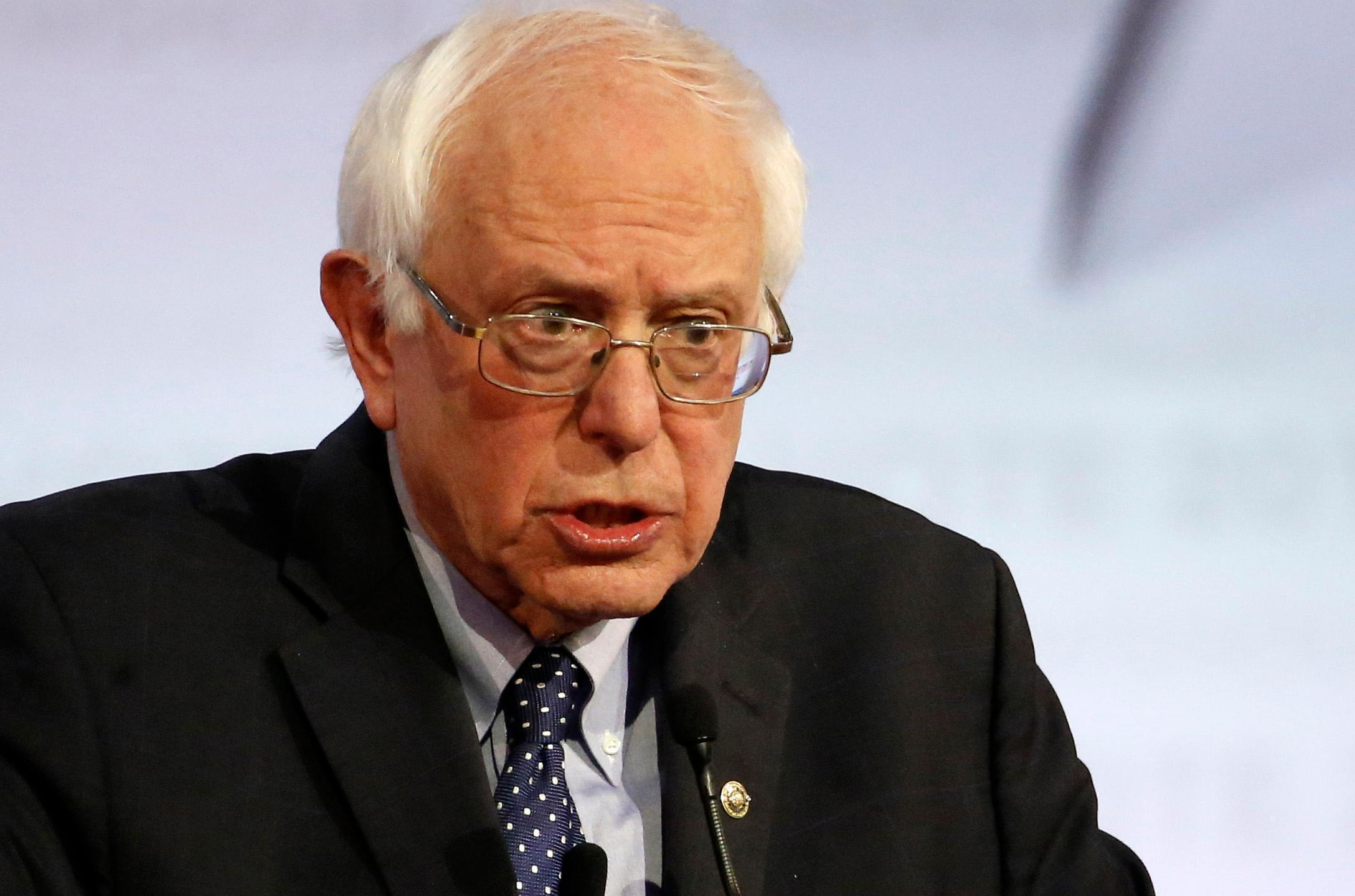 Bernie Sanders promises to free half a million prisoners in first term