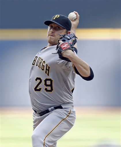 McCutchen homers again as Pirates beat Brewers 6-4