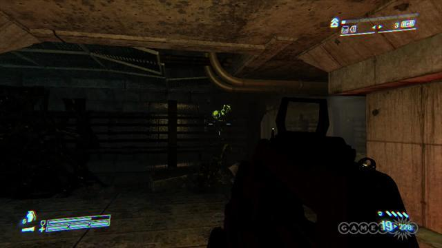 Shooting Aliens - Aliens: Colonial Marines (PC) Gameplay