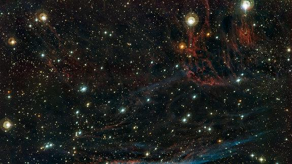 'Witch's Broom' Nebula Shines in Spectacular Photo