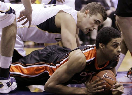 Cal beats Oregon St. 77-63, stays tied atop Pac-12