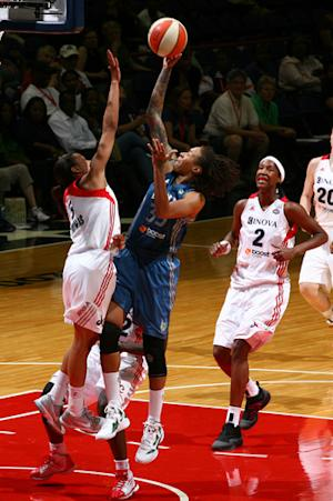 Whalen's layup gives Lynx 79-77 win over Mystics