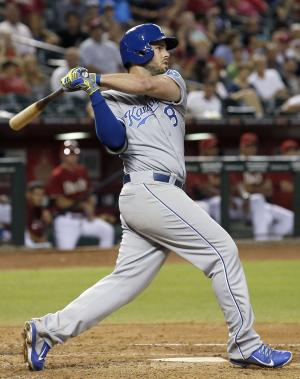 Royals beat D-backs 4-3 for another series win