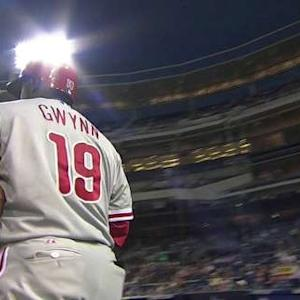 Gwynn Jr. receives an ovation