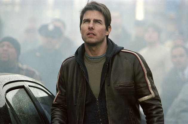 Tom Cruise War of the Worlds Production Stills Paramount 2005