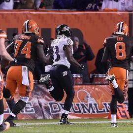 Ravens run back blocked field goal, stun Browns