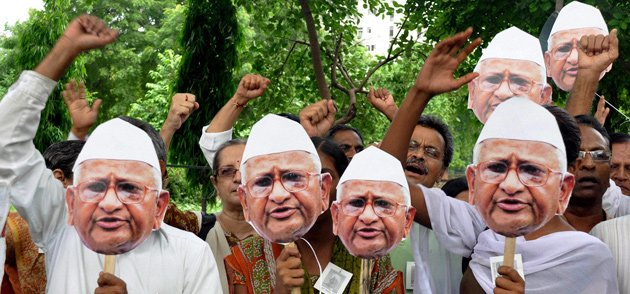 Hazaaron voices on Hazare