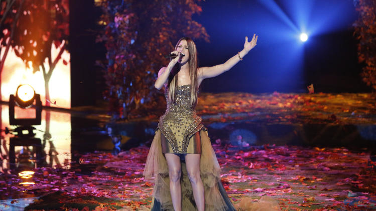 """FILE - This Monday, Dec. 17, 2012 file photo released by NBC shows Cassadee Pope performing on """"The Voice,"""" """"Live Show"""" Episode 323A on the part one season 3 finale in Los Angeles.  Pope won the singing competition for season 3 on Dec. 18, 2012. Powered by football and """"The Voice,"""" NBC took the lead in the ratings last week.  (AP Photo/NBC, Tyler Golden, File)"""