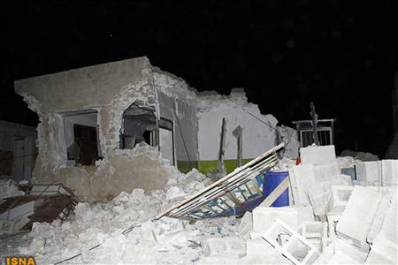 Damaged houses are seen in the earthquake stricken town of Bushehr in Iran, April 9, 2013, in this handout photo from ISNA. REUTERS/Mohammad Salehinia/ISNA