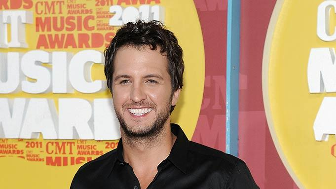 LukeB Ryan CMT Awards