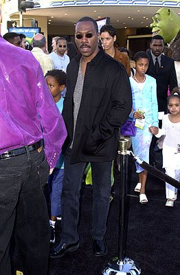 Premiere: Eddie Murphy and family at the Westwood, CA premiere of DreamWorks Pictures' Shrek - 4/22/2001