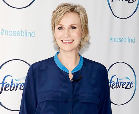 "Jane Lynch: Singing My Last Glee Song Was ""Brutal,"" We Remember Cory Monteith All the Time"