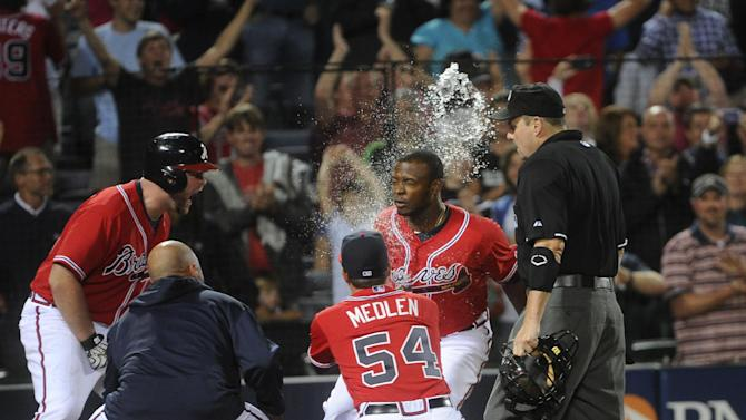 Upton's HR in 10th lifts Braves past Nationals 3-2