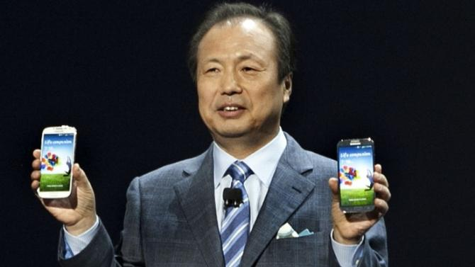 Samsung execs will be dancing in the streets if the iPhone 6 gets delayed until October