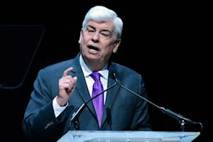 Chris Dodd Pokes at Shutdown Congress in Stump Speech for California Production