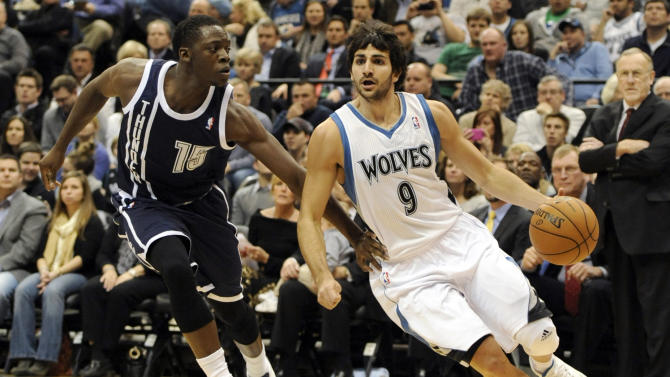 Oklahoma City Thunder's Reggie Jackson (15) defends against Minnesota Timberwolves' Ricky Rubio (9), of Spain, during the first quarter of an NBA basketball game at the Target Center on Thursday, Dec. 20, 2012, in Minneapolis. (AP Photo/Hannah Foslien)