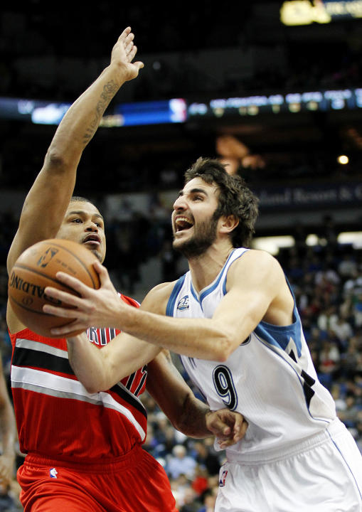 Aldridge leads Blazers past 'Wolves 117-110
