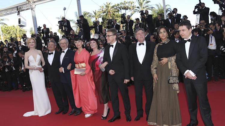 Jury members from left, Nicole Kidman, Ang Lee, Steven Spielberg, Naomi Kawase, Lynne Ramsay, Christoph Waltz, Daniel Auteuil, Vidya Balan and Cristian Mungiu arrive for the awards ceremony of the 66th international film festival, in Cannes, southern France, Sunday, May 26, 2013. (Photo by Joel Ryan/Invision/AP)