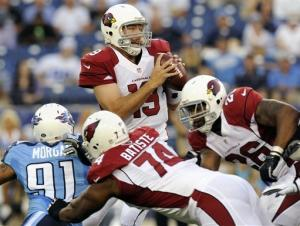 Titans force 5 turnovers in 32-27 win over Arizona