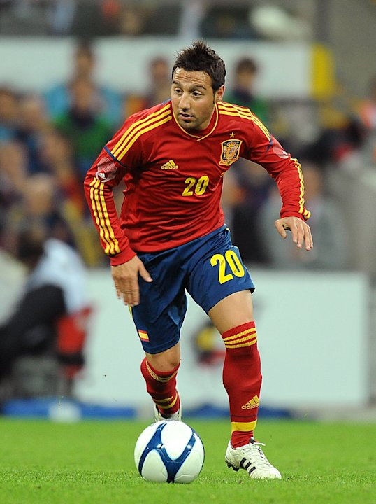 Santi Cazorla has signed a long-term contract with Arsenal