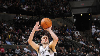 Spurs beat Mavericks without injured Parker