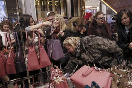 Holiday shopping unlikely to cheer many investors