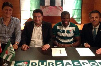 Official: Taiwo leaves Milan for Bursaspor