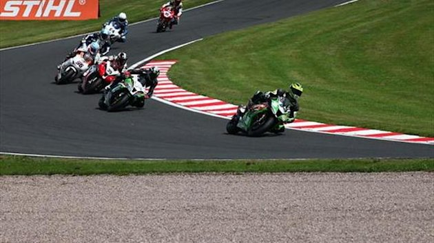 Oulton BSB: Solid top ten finish for Mainwaring Smart