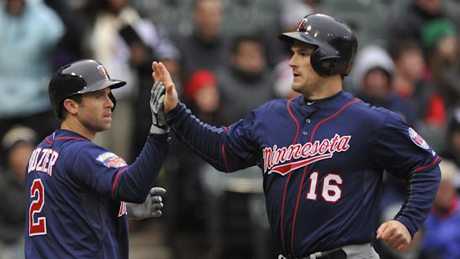 Colabello has 6 RBIs, Twins beat White Sox 10-9