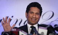 Sachin Tendulkar speaks during a news conference a day after his retirement in Mumbai November 17, 2013. REUTERS/Danish Siddiqui