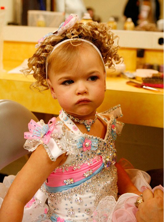 "Emily competes in the Southern Celebrity Beauty Pageant in Charleston, West Virginia as seen in ""Toddlers & Tiaras."""