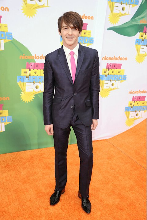 "Former ""Drake and Josh"" star Drake Bell returns to his Nick roots in style at the 2011 Kids' Choice Awards. Nickelodeon's 24th Annual Kids' Choice Awards"