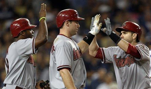 Miley silences Dodgers in D-Backs' 8-2 win
