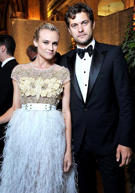 Joshua Jackson Gives Diane Kruger $45,000 Necklace -- But They're Not Engaged!