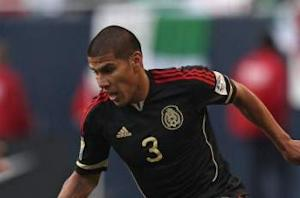 Tom Marshall: What should Carlos Salcido's role be with El Tri?