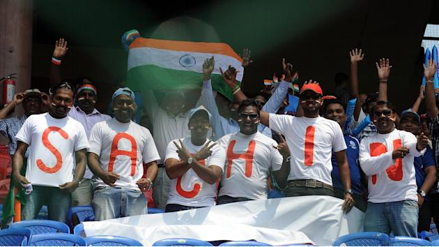 India fans cheers, wearing matching shir