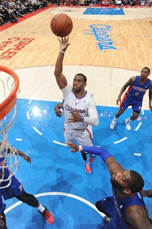 Paul leads Clippers past Pistons