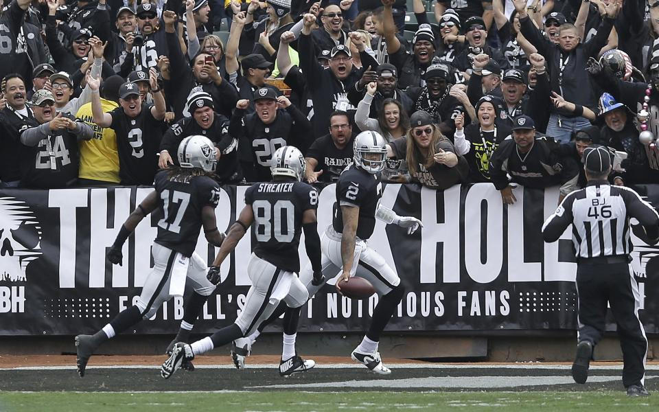 Raiders beat Steelers 21-18 for rare post-bye win