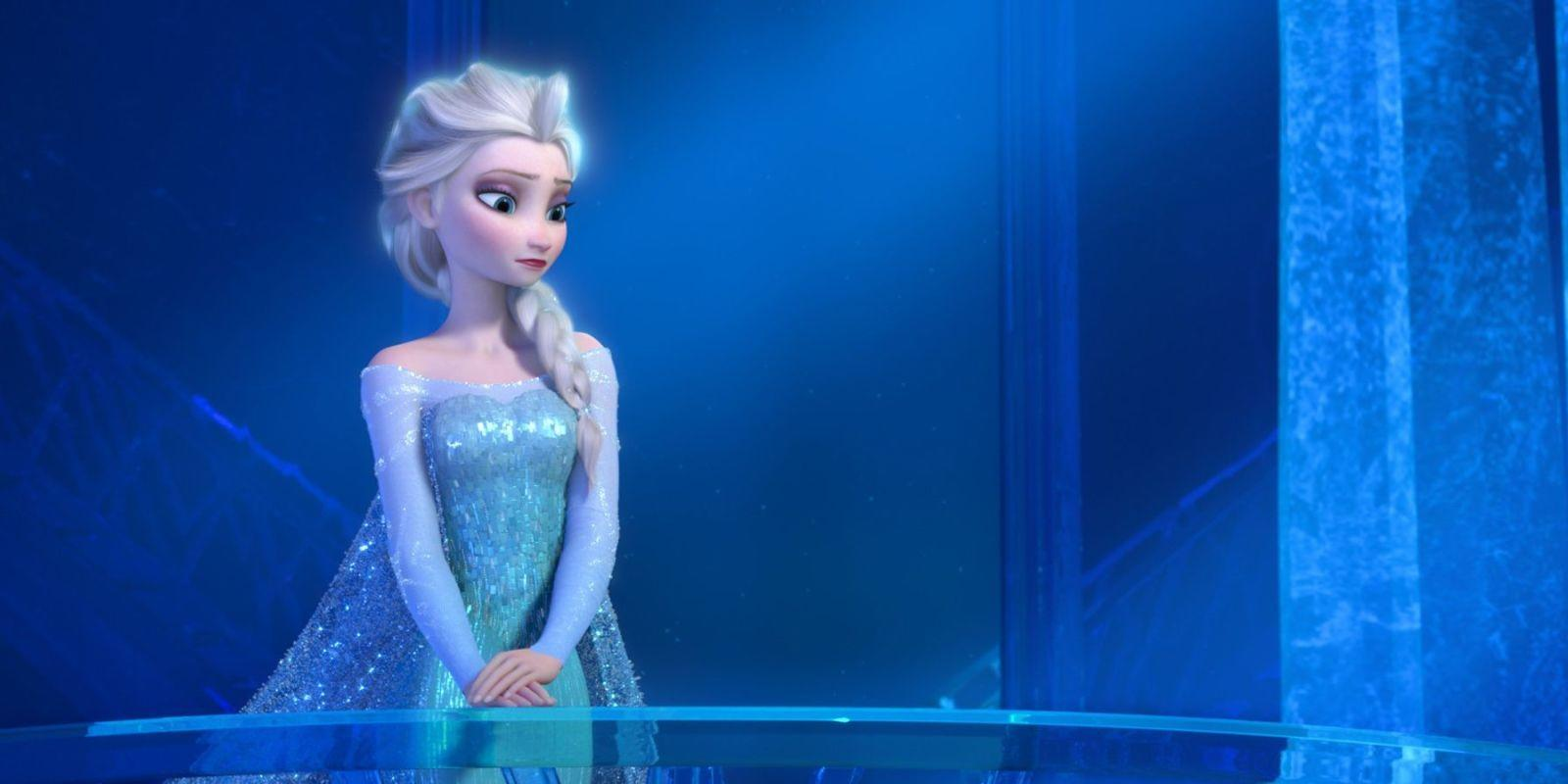 Mom Outraged After School Forced Her Son To Remove His Elsa Dress on Disney Day