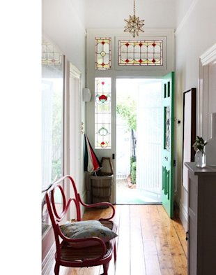 8 Stylish Hallway Decorating Ideas