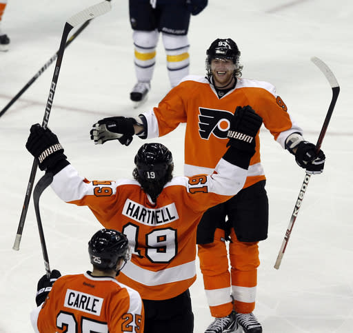 Flyers roll to 7-2 win over Sabres