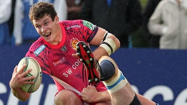 Exeter back Ian Whitten has signed a new two-year deal with the Chiefs.