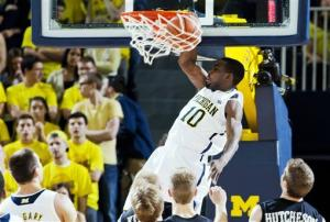 No. 3 Michigan routs Western Michigan 73-41