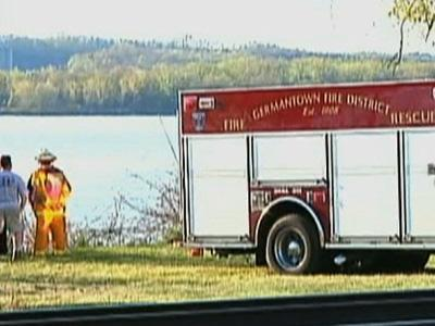 Small Plane Crashes in Hudson River